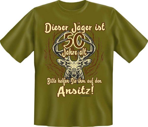 """Trachtenshirt """"Dieser Jäger ist 50 Jahre alt. Bitte helfen Sie ihm auf den Ansitz"""" grün"""